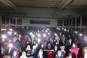 Hotel cuts power to prevent talk by critical politician Akşener