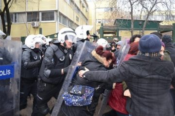 University students detained for saying 'no' to the constitutional amendment