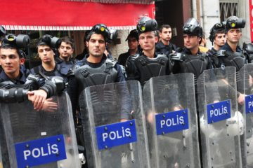 İstanbul court accepts indictment against 235 police officers