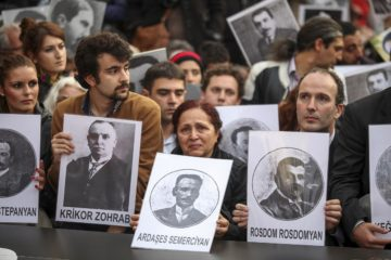 "Victims of 1915 ""Armenian genocide"" commemorated in İstanbul"