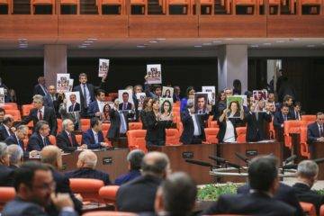 HDP's Özsoy: 11 HDP deputies and over 80 Kurdish mayors still in Turkey's prisons