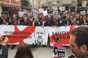 Turkey's journalists walk for release of jailed colleagues