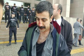 Police detain 8 lawyers protesting arrest of Cumhuriyet attorneys