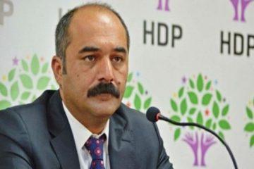 Pro-Kurdish HDP deputy Berdan Öztürk detained at İstanbul airport