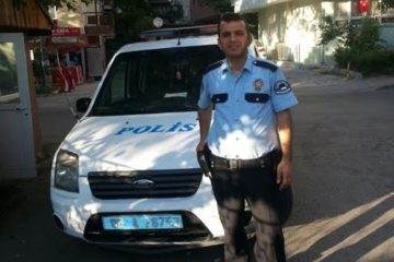 The police officer who thwarted coup plotters detained in sick bed
