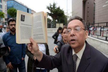 Turkish court sentences Erdoğanist historian to 15 months over insulting Atatürk