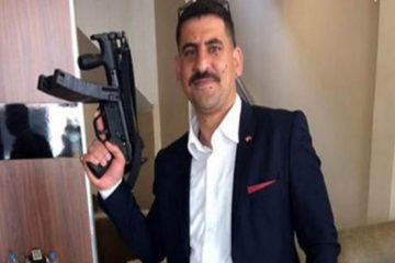Turkey's ruling AKP's Aybek posing with MP5 machine gun released