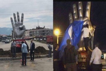 Turkish nationalists protest installation of Rabia sign statue in Düzce