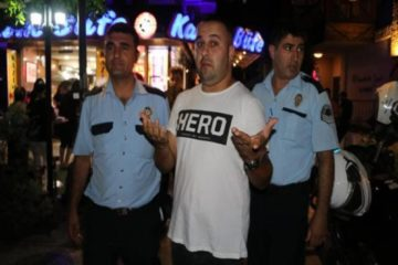 One more person detained in Turkey for wearing 'hero' T-shirt