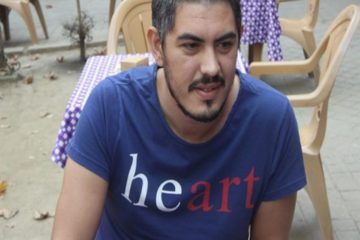 Turkey detains man after informer mistakes 'heart' for 'hero' on T-shirt
