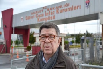 Jailed journalist Alpay: Silivri better than Sağmalcılar, we can take a shower whenever we want