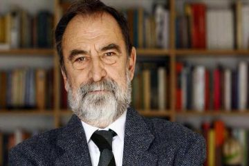 Murat Belge, a renowned Turkish academic, leaving Turkey as 'scholar at risk'