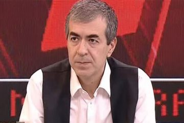 Pro-government Turkish journalist threatens opposition leader